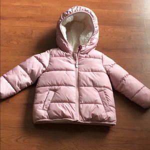 Gap toddler pink puffer coat. Like new. Size 4t